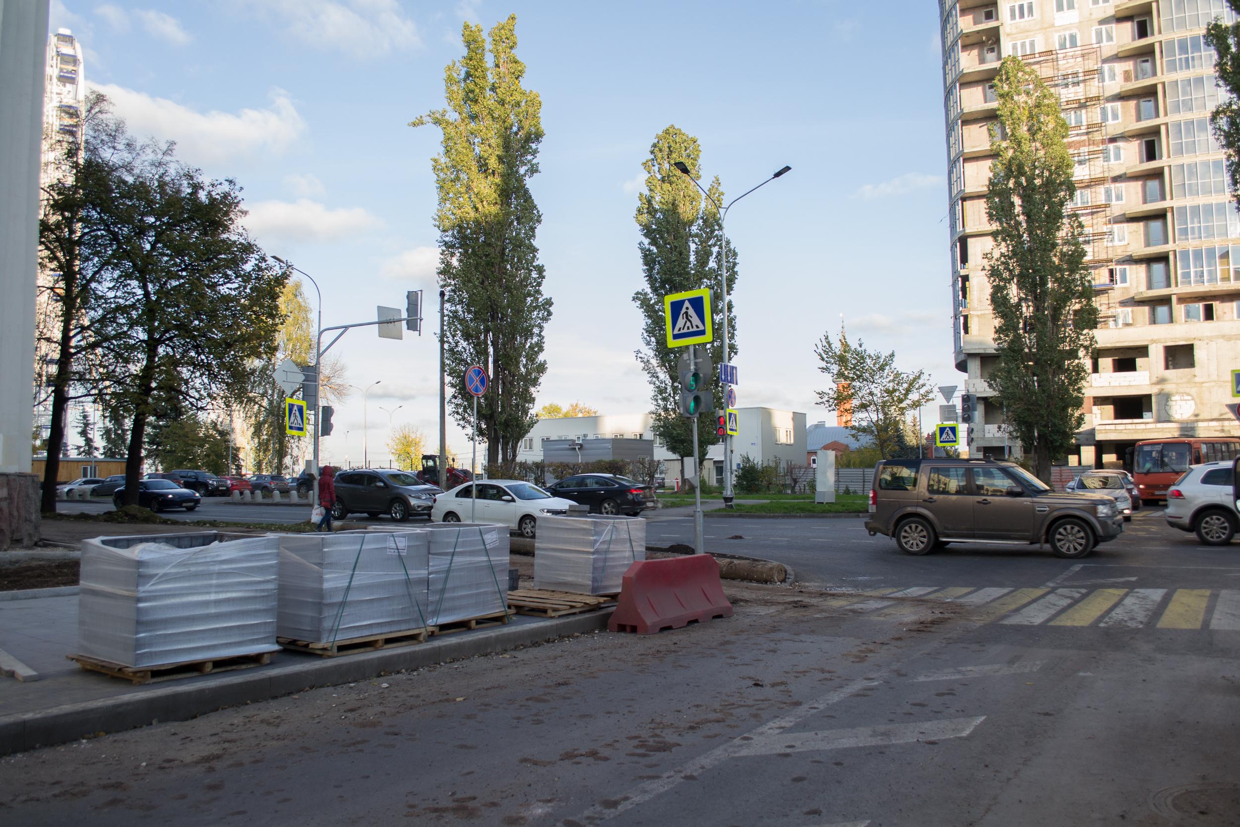 Глава Нижнего Новгорода Шалабаев поручил ускорить ремонт тротуаров на Минина - фото 1